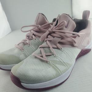 Nike Women's Metcon Flyknit 3 CrossFit Training AR5623-150 Shoes Pink Size 11.
